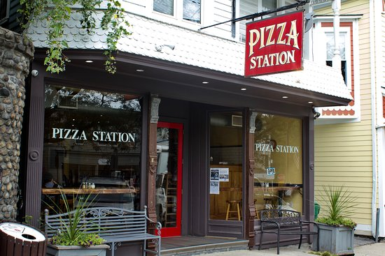Pizza Station Katonah